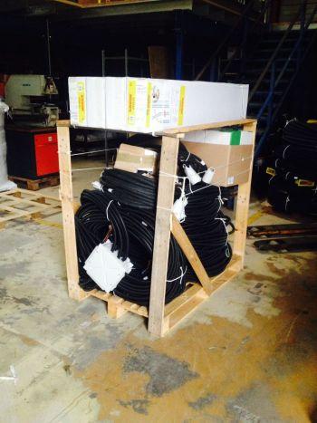 Voici la préparation de l'emballage de la pieuvre et de ces accessoires.